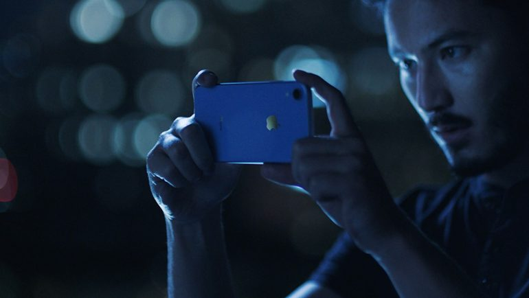 Apple iPhone XR in Blue Preorder